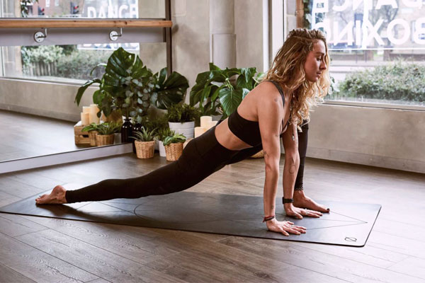 Как да избереш подходящ йога мат?